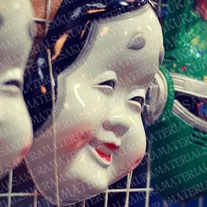 「お祭りで見るおかめのお面01」の女子向け無料素材