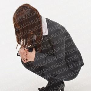 「落ち込む就活生_01」の女子向け無料素材